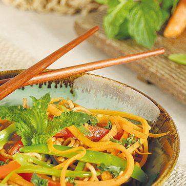 Asiatischer Mie-Nudel-Salat