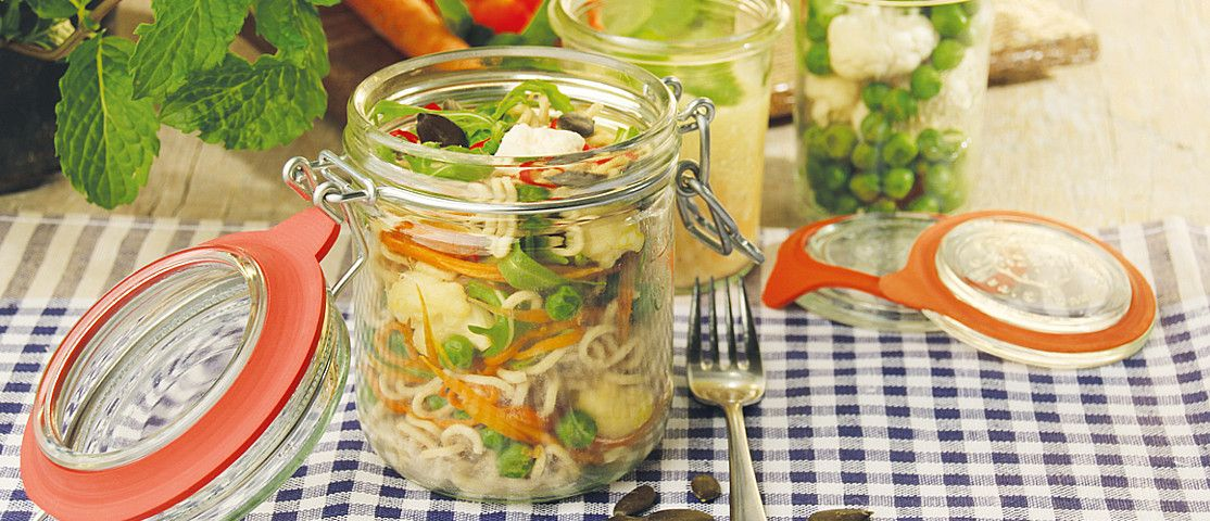 Mie-Noodle-Salat mit Orangendressing