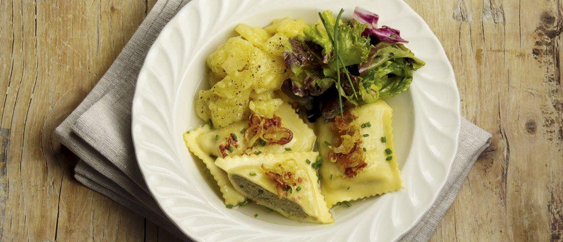 Schwäbische Maultaschen mit Kartoffelsalat